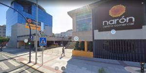 fachada del centro comercial de naron